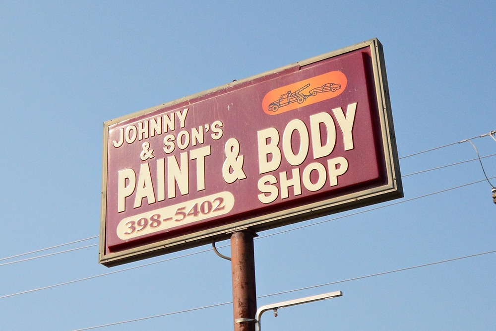 Johnny & Sons Paint & Body15